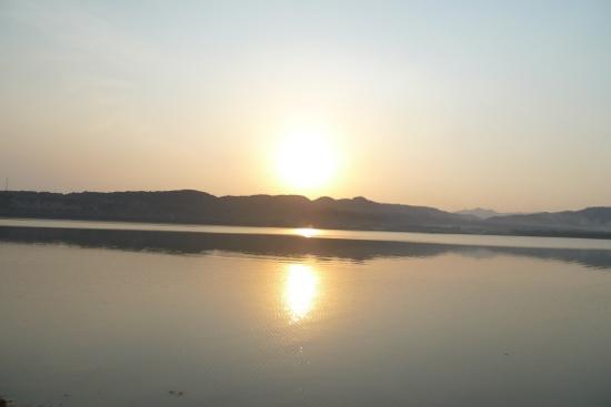 Sanmenxia Dam Scenic Area on Yellow River: 落日