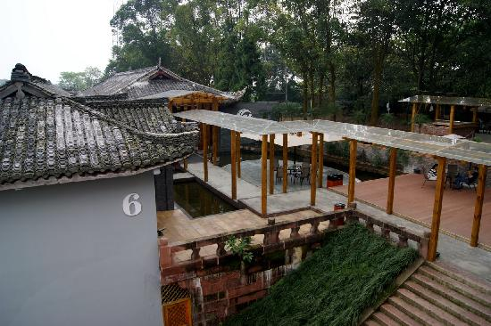 Hujing Yinxiang Holiday Hotel : 俯瞰酒店