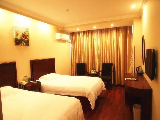 GreenTree Inn Wuxi Lingshan Scenic Area Express Hotel: 客房