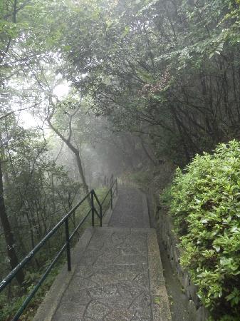 Xuedoushan Scenic Resort: 雪窦山