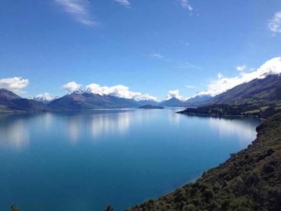 Lake Wakatipu: v