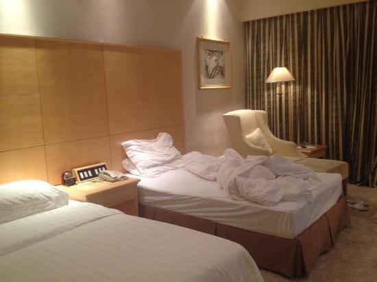 Jing Hua Metropark Hotel Yangzhou: 房间