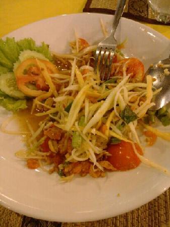 Eat Sense Beach Restaurant Samui: 青木瓜沙拉