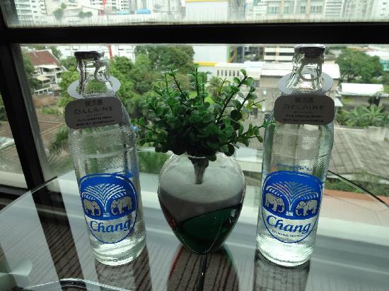 BelAire Bangkok: 每天赠送2瓶水