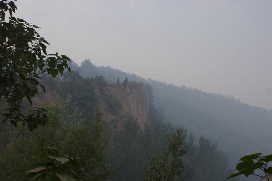 Hanba City Ruins: 汉霸二王古战场