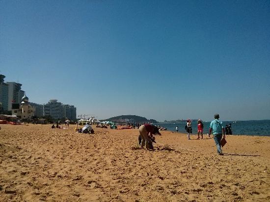 Weihai International Bathing Beach: 沙滩