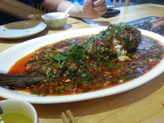 Zhuan ZhuanHui: 非常有特色的精致的川菜馆
