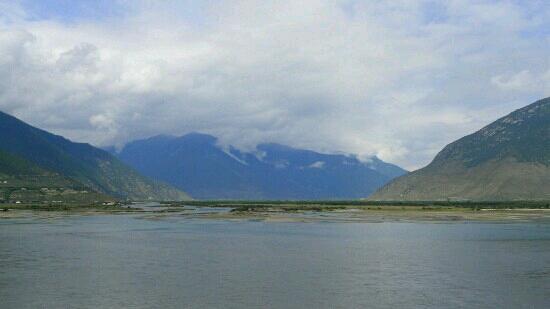 Niyang River: 尼洋河