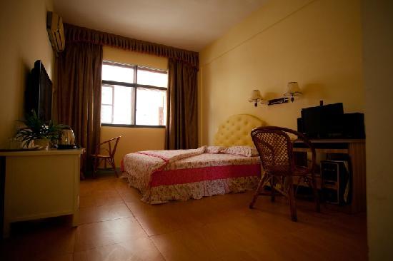 Rong Shu Xia Hostel: 客房