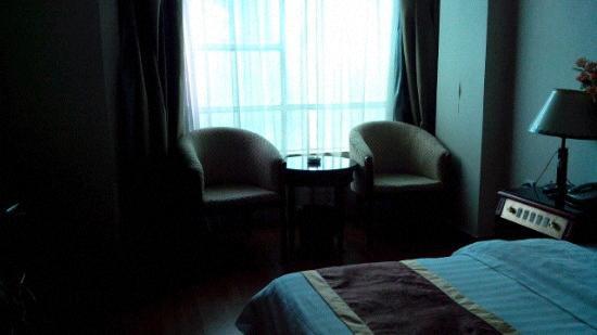 Half-moon Hotel