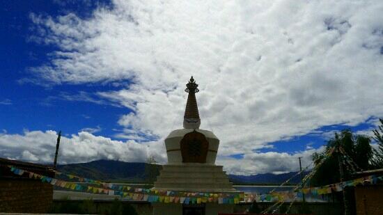 Duojizha Temple: 多吉扎寺