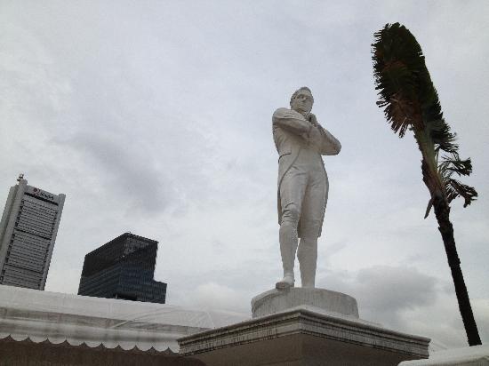 Statue of Raffles : ok