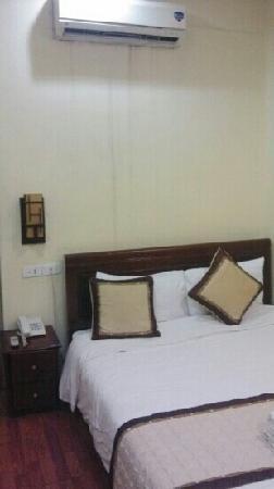 Elizabeth Hotel : 大床房
