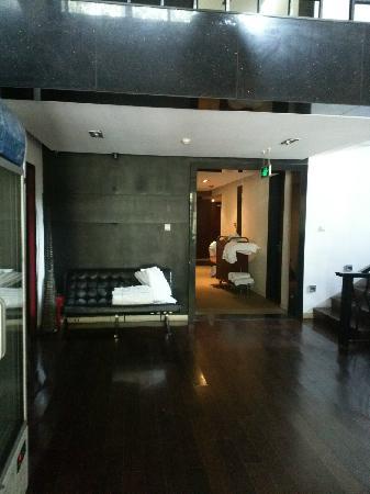 Bailong Tang Royal Holiday Hotel: 大堂