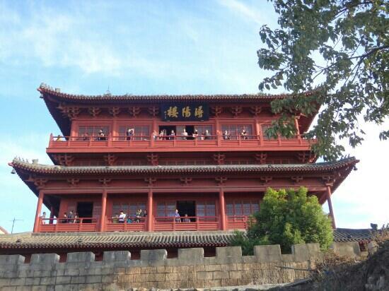 Xunyang Tower: 浔阳楼