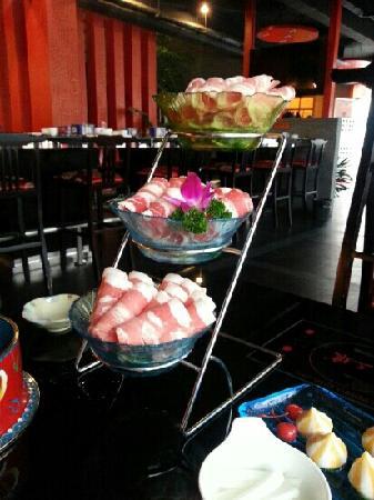 Jiu Yang Lao JingPin NiuRou Seafood Hotpot