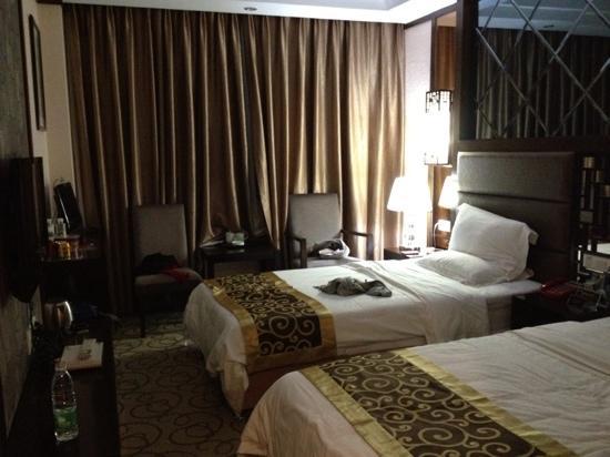 Sun Island Hotel