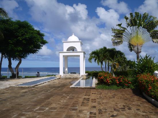 Mariana Resort & Spa : church