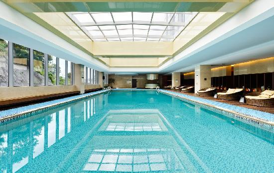 Four Points by Sheraton Hotel: 泳池 Swimming Pool