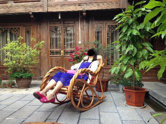 Lijiang Retreat Boutique Hotel