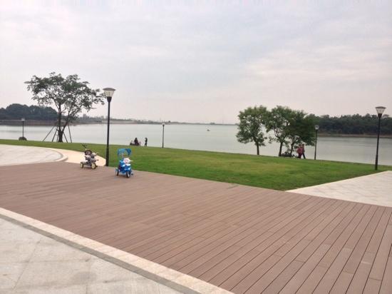 Shixianghu Ecological Scenic Resort: 湖