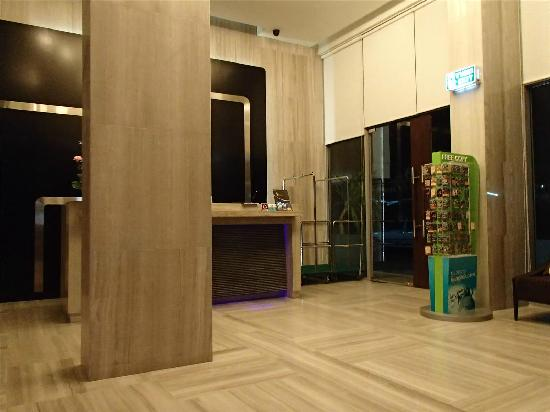 FX Hotel Metrolink Makkasan: 酒店大堂