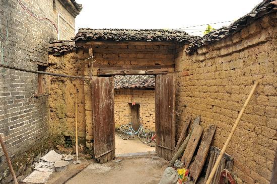 Yangshuo Phoenix Pagoda Fonglou Retreat : 凤楼古村