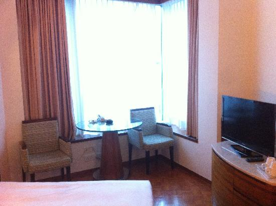 L'hotel Causeway Bay Harbour View: 房间