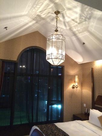 Jinkadao Hotel : 夜景