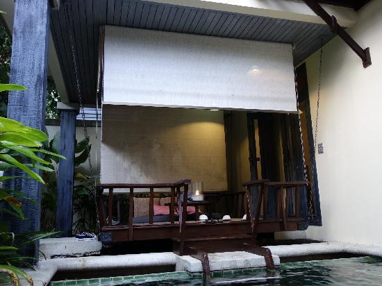 Anantara Lawana Koh Samui Resort: 跳水池房的发呆亭