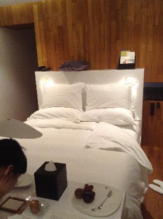 Hotel WIND: 床