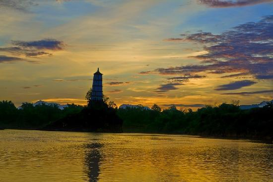Leaning Tower of Chongzuo: 壮观