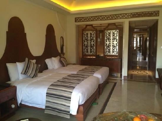 Wyndham Grand Plaza Royale Hainan Longmu Bay: 酒店