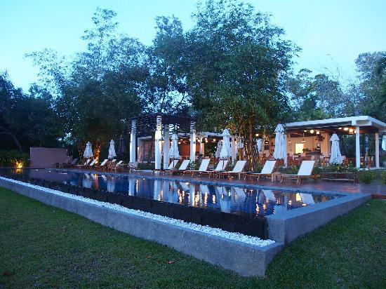 The Mangrove Panwa Phuket Resort : 泳池