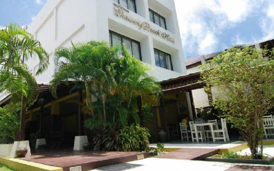 Chaweng Beach Hotel