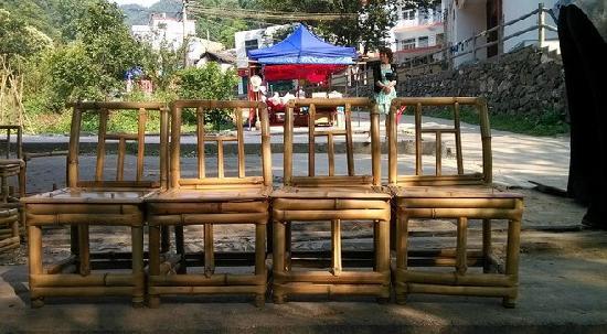Chongdu Ditch: 3