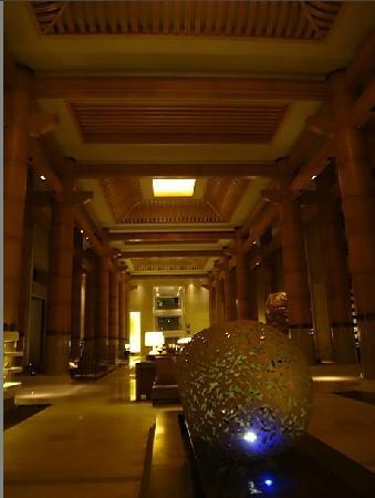 Renaissance Sanya Resort & Spa: 大堂