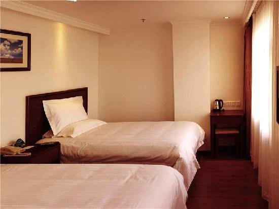 GreenTree Inn Jinzhou Zhongyang Main Street Express Hotel