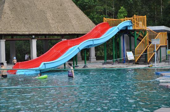 Utop Spring Primeval Forest Resorts: 彩虹滑梯