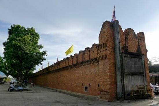 Tha Phae Gate: 塔佩门