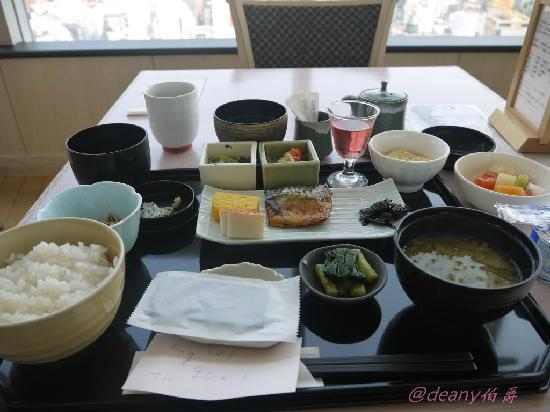 Tokyu Stay Shibuya: 和式早餐
