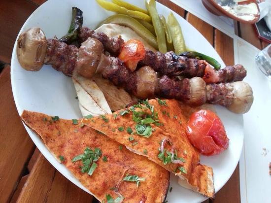 Wafi Gourmet : 正宗阿拉伯菜