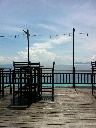 The Reef Dive Resort: 餐厅