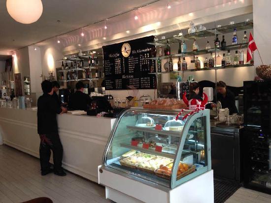 Cafe Copenhagen: 1