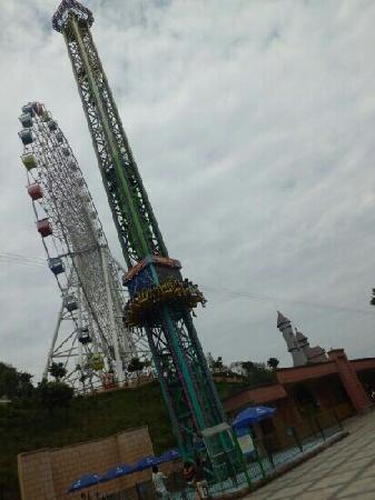 Wenzhou Amusement Park: 跳楼机(超刺激)