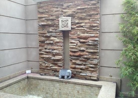 Chun Hui Yuan Resort : 房间单独的露天温泉池