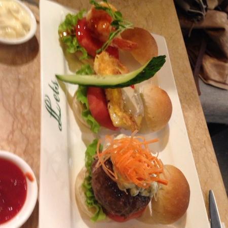 Let's Burger: 1