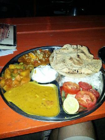 Ganpati Guest House: 不错的餐厅