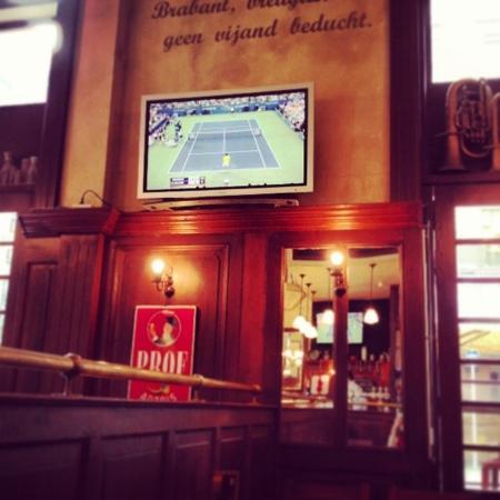 Leuven Belgian Beer Cafe: Environment