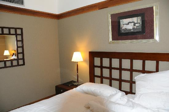 Best Western Hotel Mercedes Arc De Triomphe: 卧室5